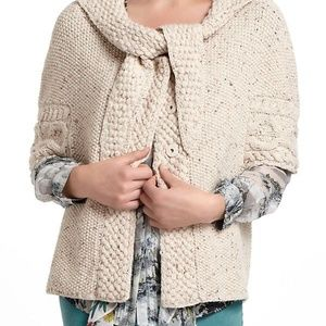 Far Away From Close by Anthropologie Poncho Size M